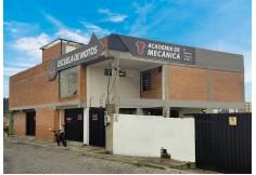 Centro Academia de Mecánica de Escuela de Motos Foto